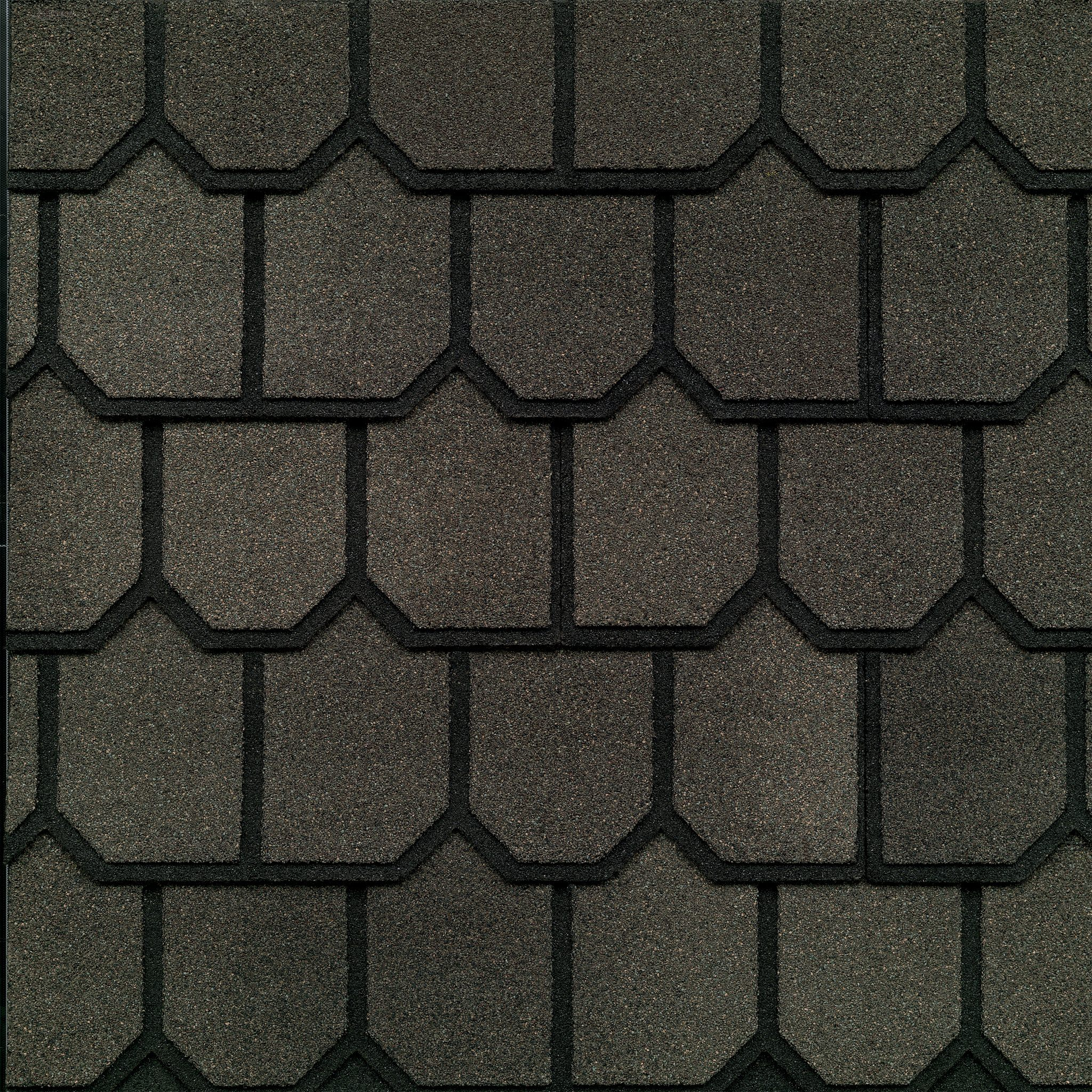 Close-up photo of GAF's Country Mansion Estate Oak shingle swatch
