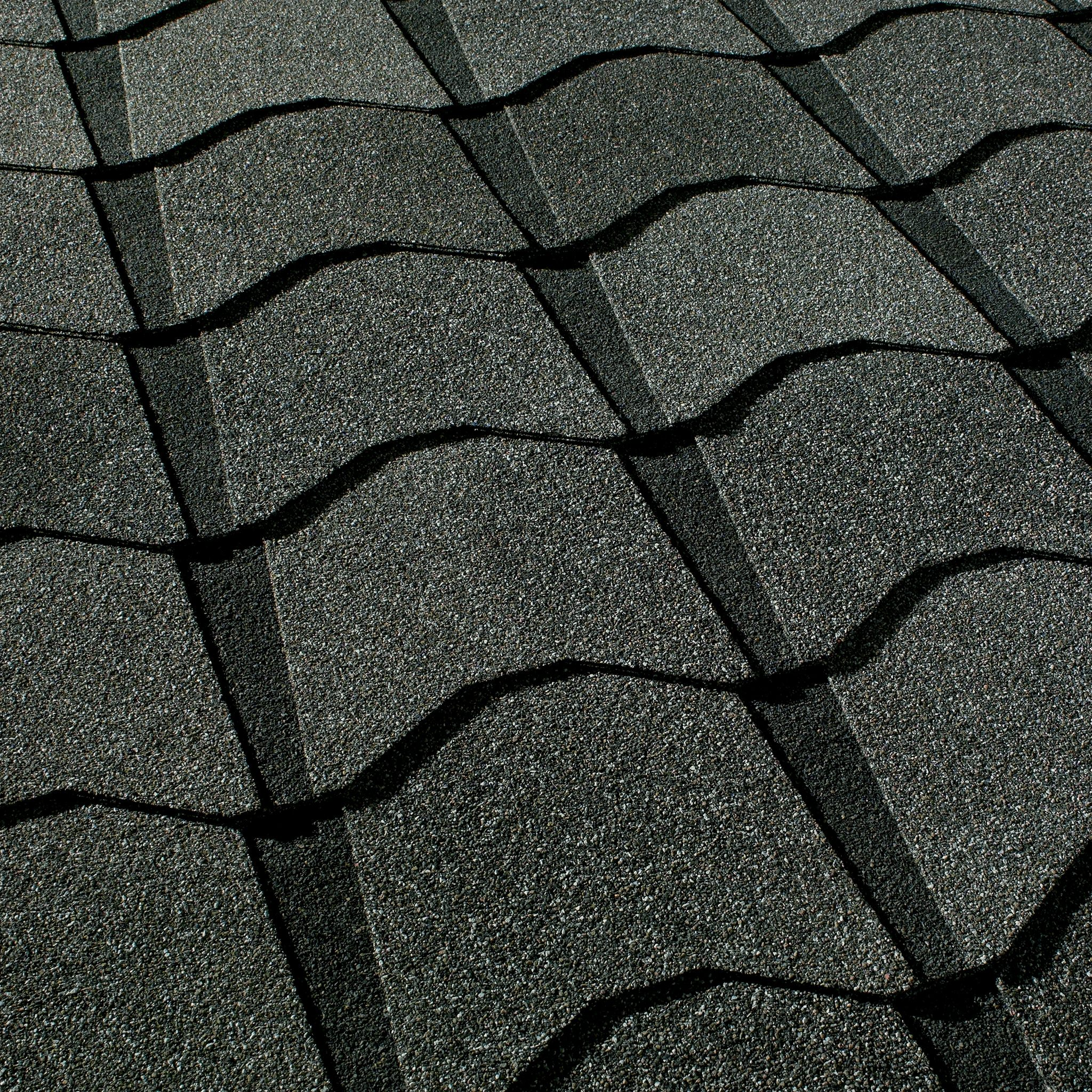 Close up photo of GAF's Monaco Amalfi Gray shingle swatches