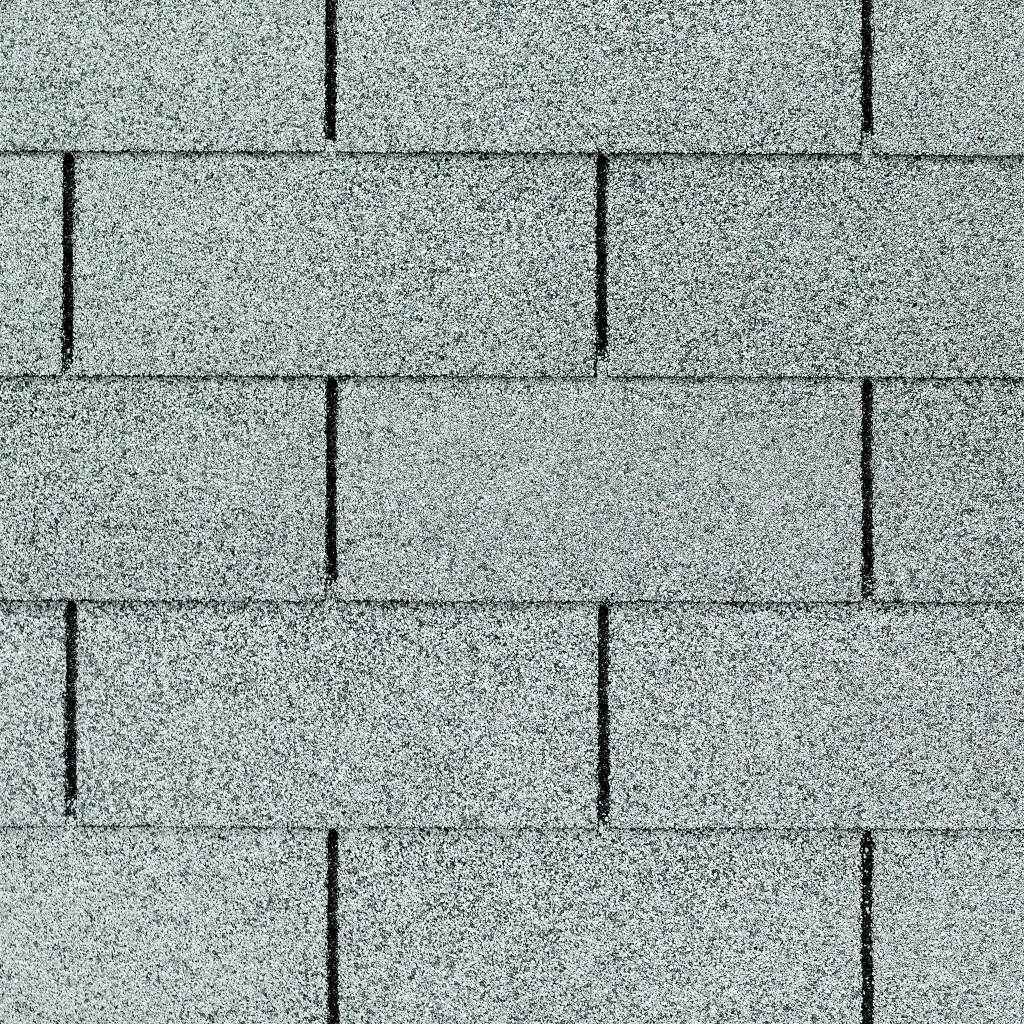 Close up photo of GAF's Royal Sovereign Silver Lining shingle swatch