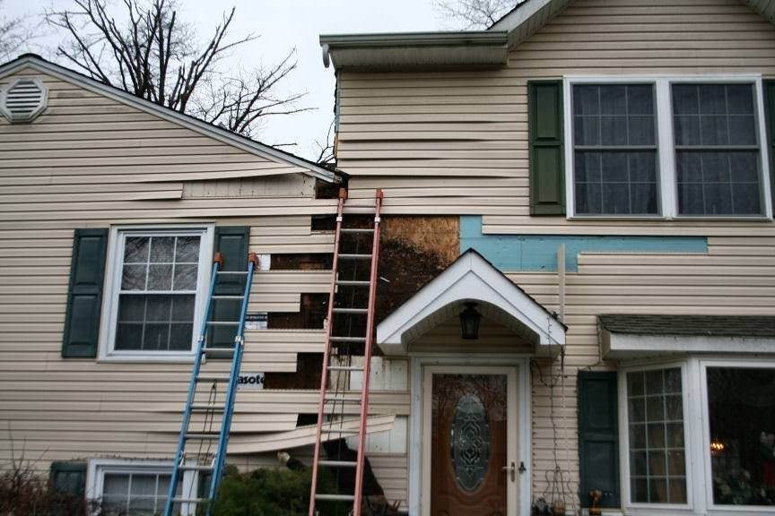 Need Replacement Siding? Leave it to the experts - A.B. Edward Enterprises, Inc. (847) 827-1605
