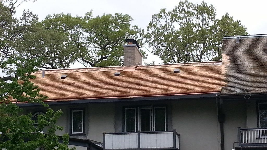 Cedar Roof Repair Services (847) 827-1605