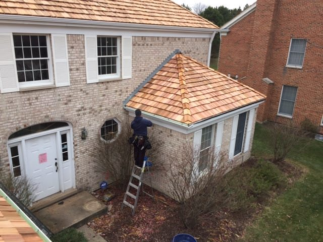 Cedar Roof Repair Contractor (847) 827-1605