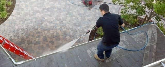 Professional Gutter Cleaning Contractor
