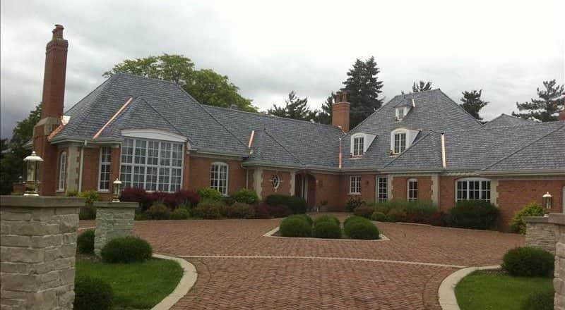 Castle gray multi width davinci synthetic slate tiles for Davinci shake roof reviews