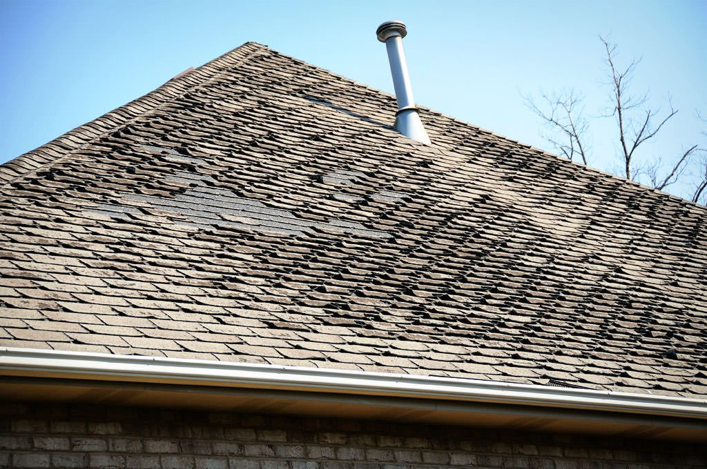 How Wind Damages Roofs