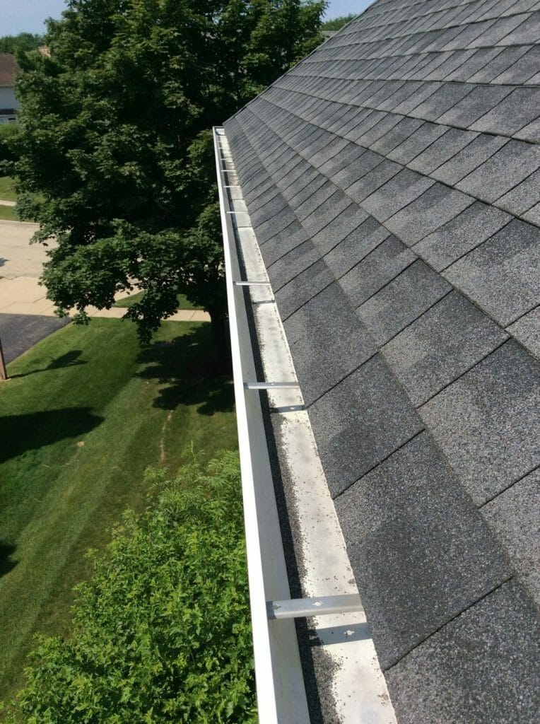 Gutter Cleaning Company | A.B. Edward Enterprises, Inc. | (847) 827-1605